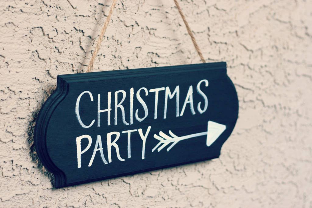 christmas-party-decorations-748